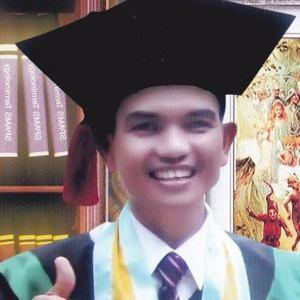 Pas Poto Wisuda Nasrul Makdis (Sabtu 1 Nov 2014)